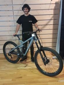 sebastien-technicien-cycles-01-min.jpg